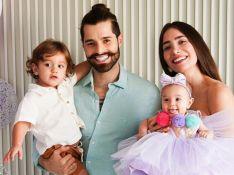 Alok reúne mulher, Romana Novais, e filhos em foto e se declara à família: 'Mundo ficou melhor'
