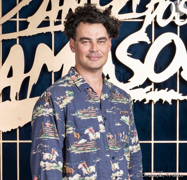 Carmo Dalla Vecchia declara que é gay ao citar a família no 'Super Dança dos Famosos', em 11 de julho de 2021
