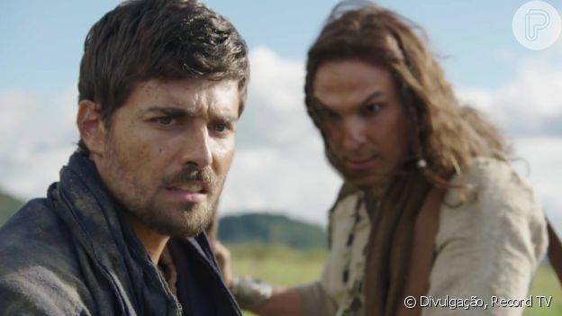 Novela 'Gênesis': Lúcifer/Aver (Igor Rickli) faz a cabeça de Lia (Michelle Batista) da mesma forma que fez com Jacó (Miguel Coelho)
