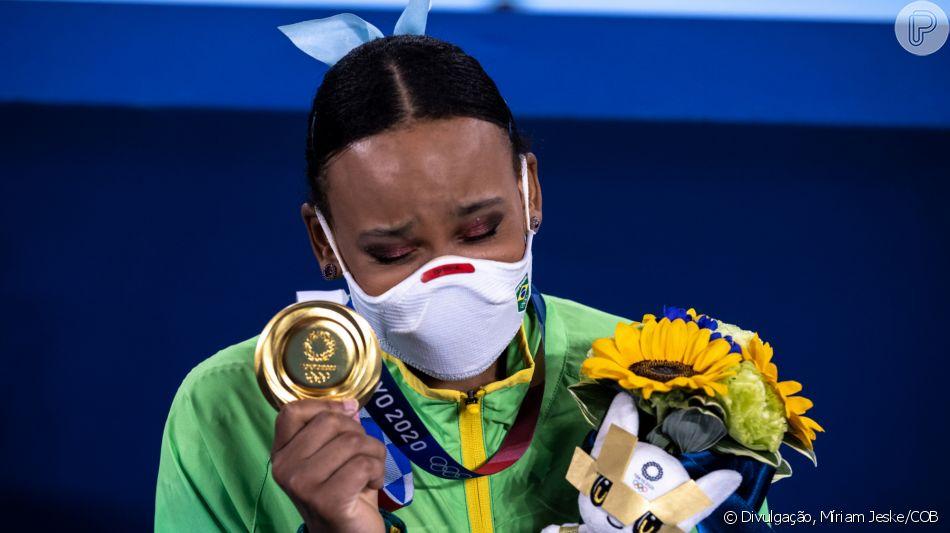 Rebeca Andrade se emociona após ouro Olímpico - Foto: Loic Venance/AFP