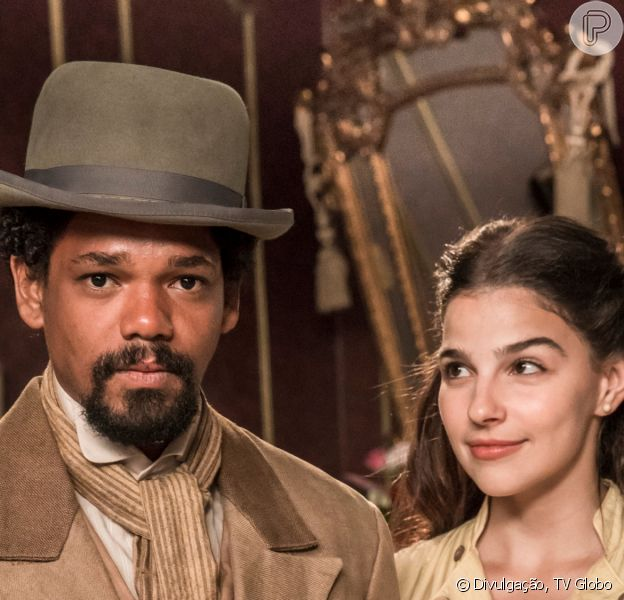 Na novela 'Nos Tempos do Imperador', Pilar (Gabriela Medvedovski) pede Jorge/Samuel (Michel Gomes) em namoro