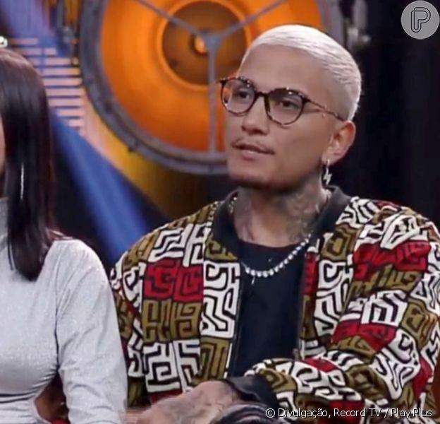 Dynho Alves usará a mesma equipe de redes sociais da mulher, MC Mirella no 'A Fazenda 2021'