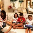 Mara Mendes, mãe de Simone e Simaria é avó de Giovanna, de 9 anos, Pawell, de 5, Henry, de 7 e Zaya, de 5 meses
