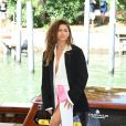 Blazer e vestido longo: Zendaya deu aula de estilo com combinação em Cannes
