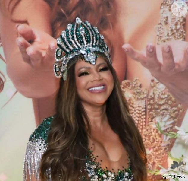 Mãe de Lexa, Darlin Ferrattry usou vestido de R$ 8 mil com 15 mil cristais bordados a mão para festa na quadra da Império Serrano em 4 de setembro de 2021