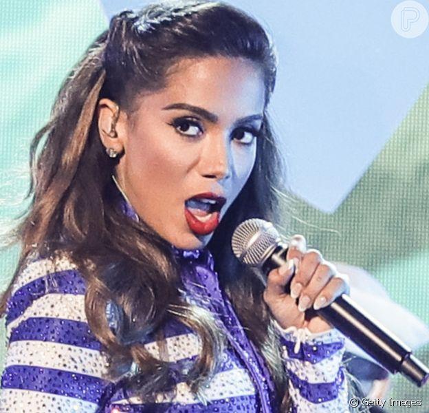 A apresentação de Anitta no VMA 2021 não foi transmitida para o Brasil