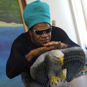 Carlinhos Brown, rei da bateria da Portela, garante surpresa: 'Viral de abraço'