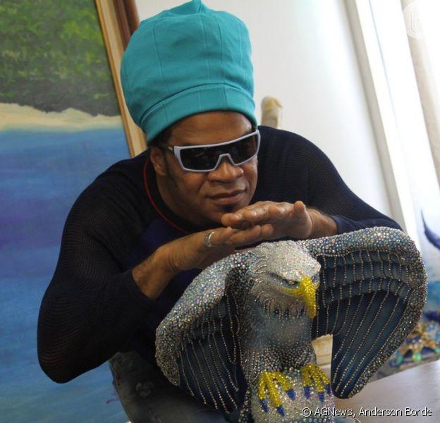Carlinhos Brown é apresentado como Rei da Percussão do Carnaval 2015 da Portela, nesta quarta-feira, 3 de dezembro de 2014
