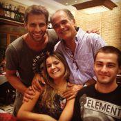 Henri Castelli, Cassiano de 'Flor do Caribe', vai à pizzaria com amigos no Rio