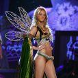 Carol Trentini desfilou no Victoria's Secret Fashion Show três vezes: 2005, 2006 e 2009