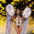 Emanuela de Paula desfilou no Victoria's Secret Fashion Show em 2008, 2010 e 2011