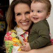 Mariana Ferrão, do 'Bem Estar', mostra o filho, Miguel, no programa 'Mais Você'