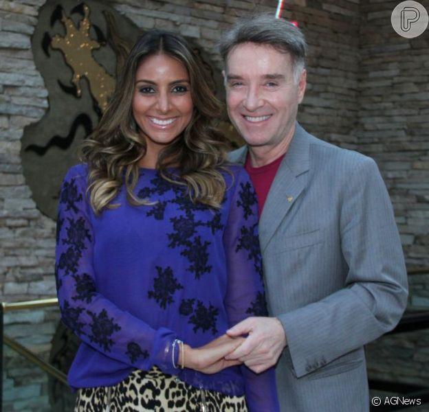 Flávia Sampaio, namorada de Eike Batista, usou seu blog para se pronunciar pela primeira vez a respeito de sua gravidez de cinco meses, no último sábado, 16 de março de 2013