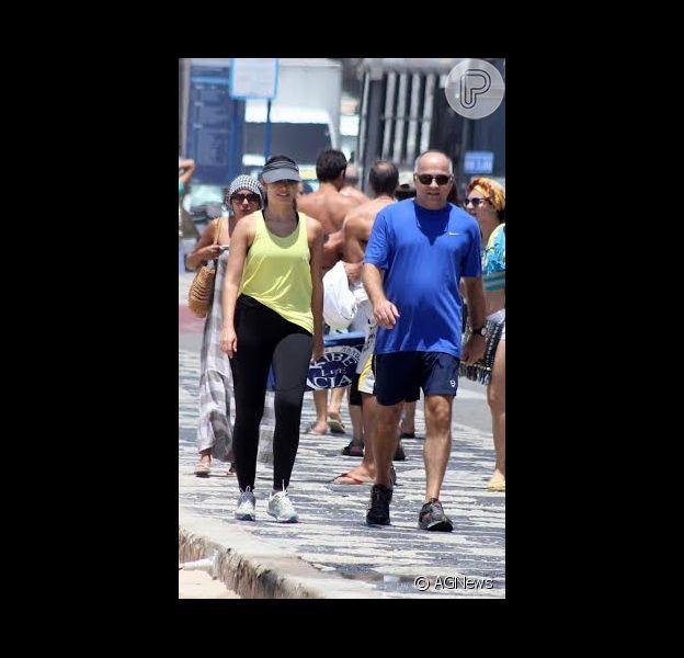 Patricia Poeta se exercita ao lado do marido neste sábado, 13 de dezembro de 2014, no Rio de Janeiro