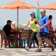 Patricia Poeta gosta de se exercitar ao ar livre e na companhia do marido
