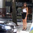 Mariana Rios almoça com amigo em restaurante no Rio de Janeiro, nesta quinta-feira, 18 de dezembro de 2014