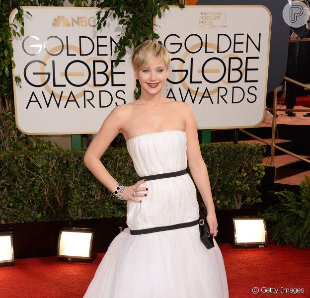 O look de Jennifer Lawrence foi uma das sensações do Globo de Ouro 2014. Ela usou um vestido branco da grife francesa Christian Dior