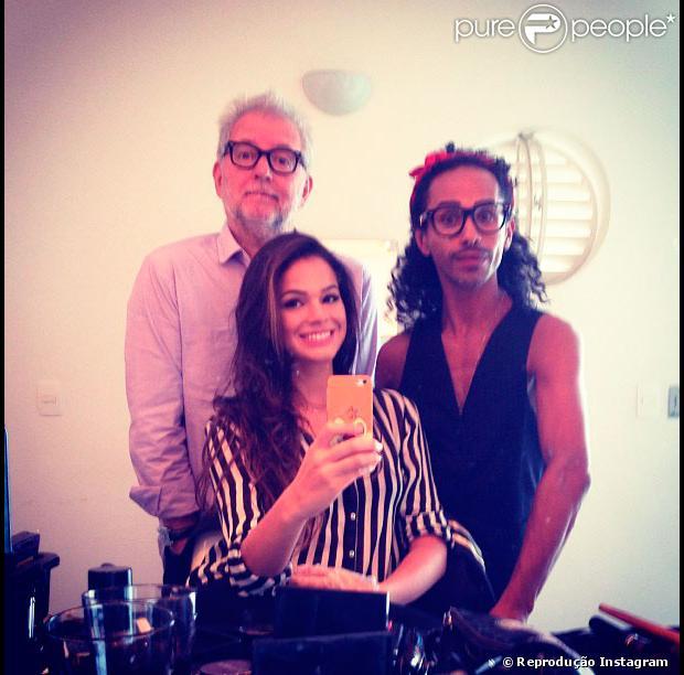 Neste sábado, dia 6 de abril de 2013, Fernanda Keulla, vencedora do 'BBB13', foi ao programa 'Altas Horas' e escolheu uma calça listrada para aparecer novamente na TV