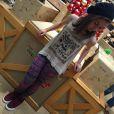 Aos 14 anos, Klara Castanho mostra estilo em fotos postadas no Instagram