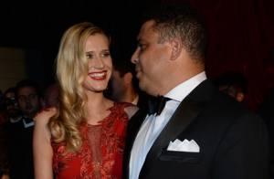 Ronaldo assume romance com a modelo Celina Locks em Baile da Vogue