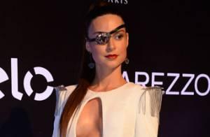 Thaila Ayala será cigana em estreia como musa da Grande Rio: 'Sem fio-dental'