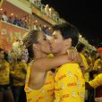 Valesca Popozuda trocou beijos com o namorado, o empresário Diógenes David, no camarote Devassa