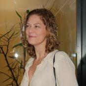 Patricia Pillar, 51 anos, dispensa a maquiagem para ir a show de Maria Bethânia