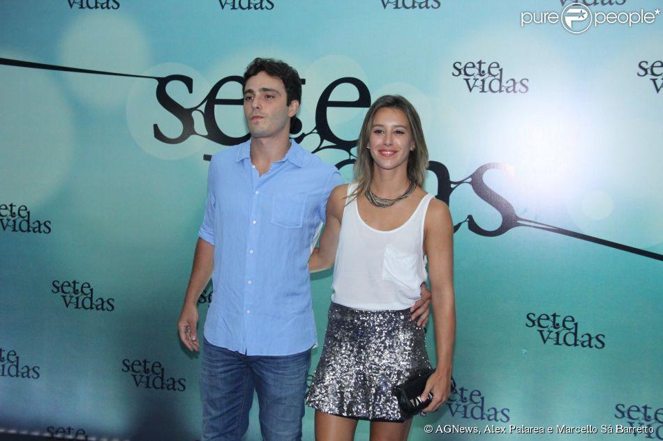 Cristiane Dias e Thiago Rodrigues foram à festa de lançamento da novela 'Sete Vidas' nesta quinta-feira, 26 de fevereiro de 2015