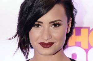 Demi Lovato inspira fãs e diz que 'é possível amar seu corpo do jeito que está'