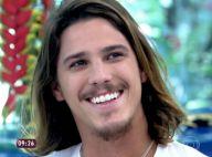 Romulo Neto afirma que vai investir no seu lado cantor: 'Tesão por música'