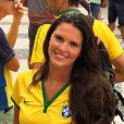 Daniella Sarahyba vestiu a camisa do Brasil e foi às ruas manifestar