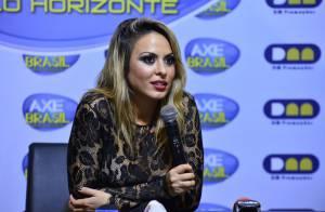 Cantora Alinne Rosa dirige há dez anos sem carteira de motorista