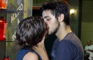 'Malhação Sonhos': público critica beijo entre Karina (Isabella Santoni) e Cobra