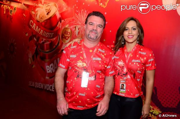 Adriano Garib e Analine Barros reataram o namoro de seis anos após um mês separados
