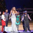 E a carreira de Mariah Carey está sendo retomada a todo vapor. Ela assinou um contrato em que se torna residente de uma casa de espetáculos em Las Vegas