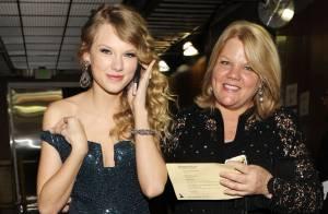 Mãe de Taylor Swift está com câncer: 'Ela queria que vocês soubessem'