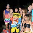 Katy Perry curtiu, com amigos, o festival de música Coachella, na Califórnia, nos Estados Unidos