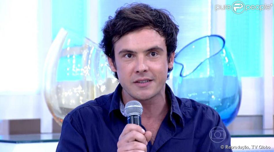 Sergio Guizé se derrete por Nathalia Dill ao falar de parceria muscial com atriz. 'Ela é danadinha'. Ator esteve no programa 'Encontro' desta sexta-feira, 17 de abril de 2015