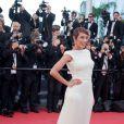 Taís Araújo escolheu um vestido longo da grife Trinitá todo bordado para a première do filme 'The Immigrant', nesta sexta-feira (24)