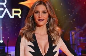 Fernanda Lima chama atenção ao usar look decotado no 'SuperStar': 'Linda'