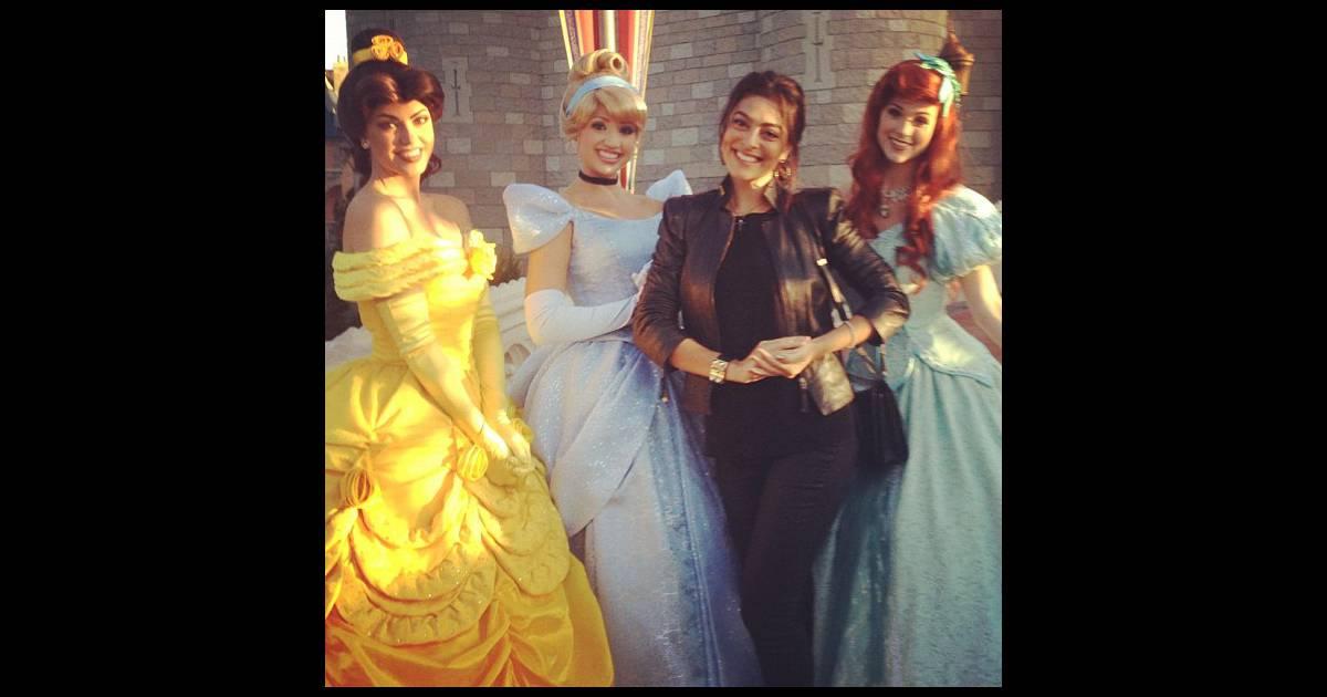c662447bd521e Juliana Paes tem  dia mágico  ao lado de princesas na Disney