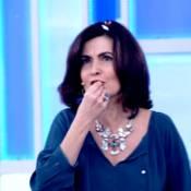Fátima Bernardes é alvo de guerra de travesseiro no 'Encontro': 'Cheia de papel'