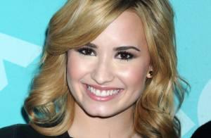 Demi Lovato diz ter assinado um contrato contra suicídio aos 7 anos de idade