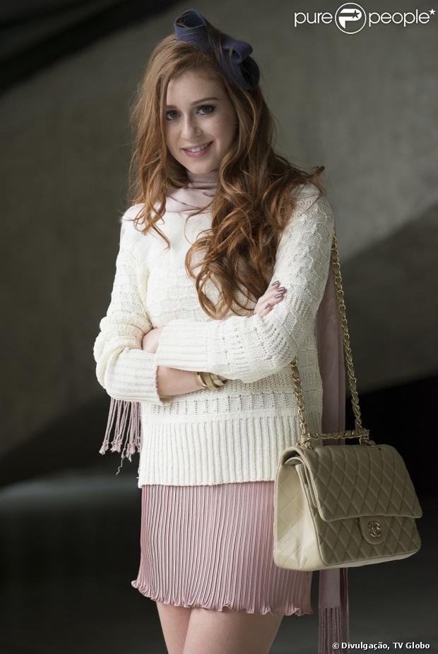 Nicole, personagem de Marina Ruy Barbosa em 'Amor à Vida', não morrerá por causa do câncer e a atriz também não deve raspar o cabelo por causa da personagem