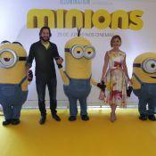 Adriana Esteves e Vladimir Brichta levam filhos à pré-estreia de 'Minions'