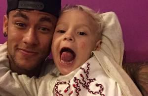 Neymar reencontra o filho, Davi Lucca, após deixar a Copa América: 'Minha vida'
