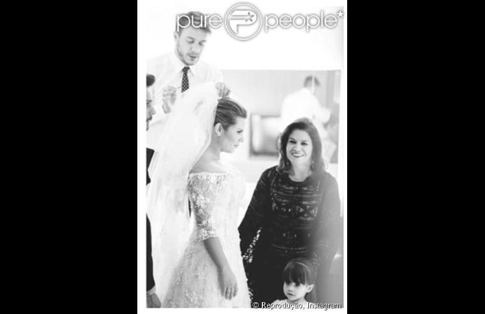 Fernanda Souza posta em seu Instagram foto em comemoração aos 4 meses de casada com o cantor Thiaguinho