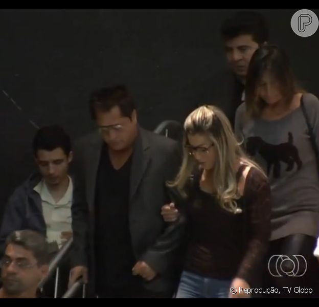 Cantor Leonardo chega para o velório de Cristiano Araújo, em Goiânia, na madrugada desta quinta-feira, 25 de junho de 2015