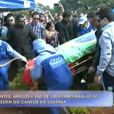 Caixão com o corpo de Cristiano Araújo foi coberto com bandeiras do Brasil e do Villa Nova, time de coração do cantor