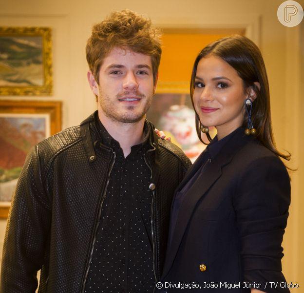Pai do ator Maurício Destri usa sua conta do Instagram para negar namoro do filho com a atriz Bruna Marquezine e gera confusão entre os fãs do casal